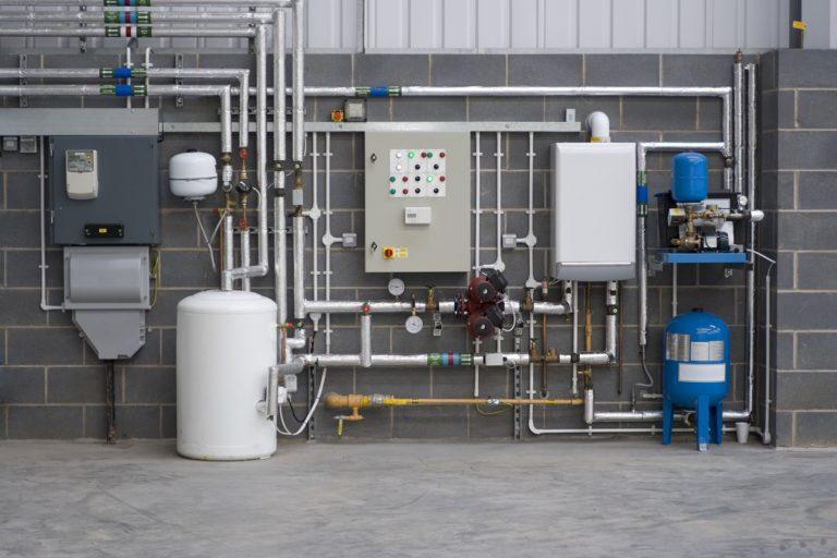 Kotłownia hybrydowa, czyli połączenie pompy ciepła z już istniejącym źródłem ogrzewania